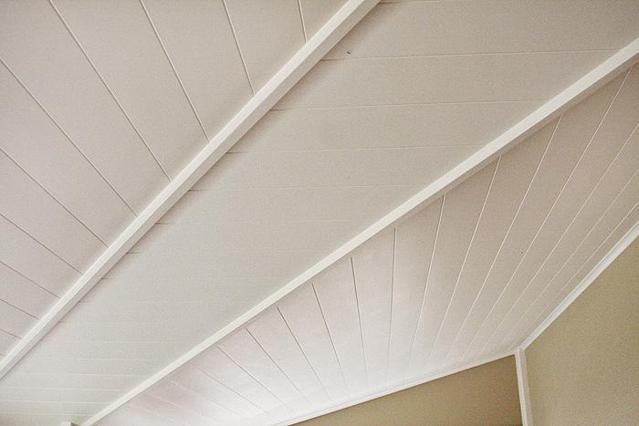white paneling verandah ceiling