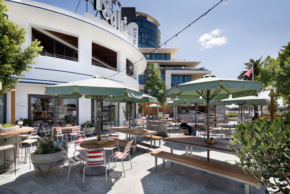 beer garden fit out