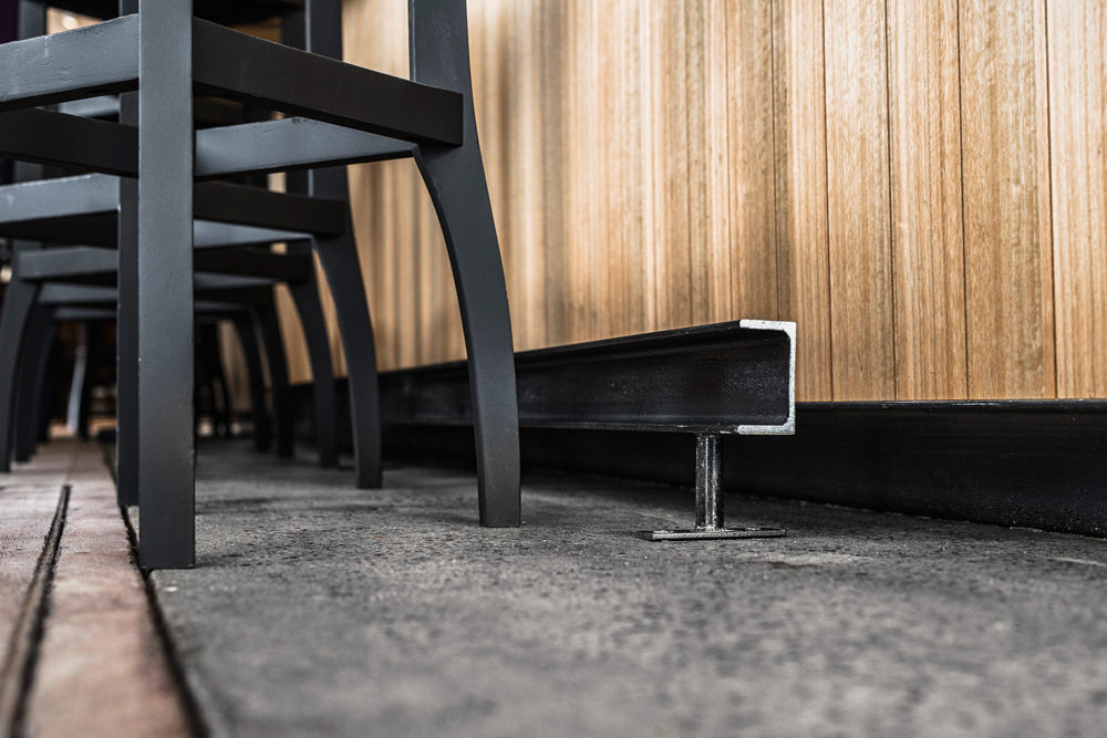 cafe floor step